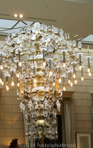 Chandelier style lamp